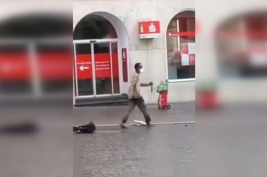 Zamach w Würzburgu. (zdj. Twitter)